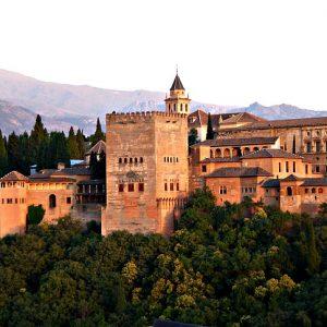 alhambra-2044399_640